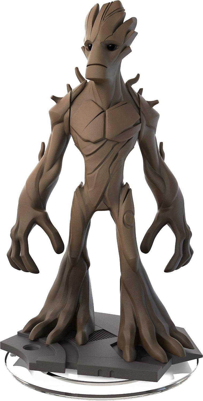 Groot este un om-copac  nu foarte iluminat la mansarda
